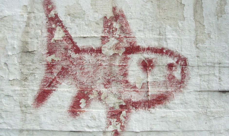 fish-graffiti1.jpg